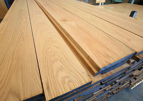 Sự khác nhau giữa gỗ bạch tùng và gỗ hồng tùng